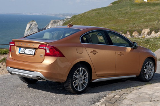 2011 Volvo S60 T6 - New Car Review featured image large thumb2