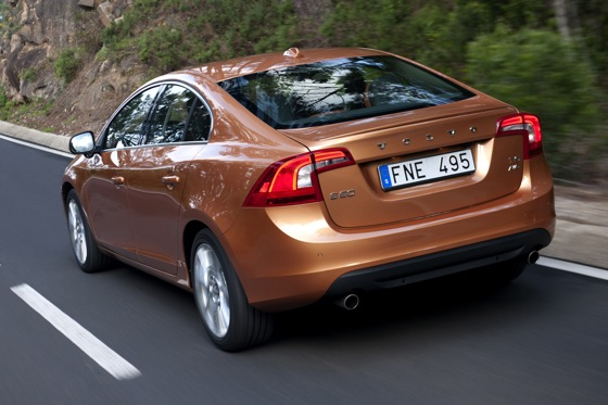 2011 Volvo S60 T6 - New Car Review featured image large thumb3