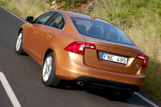 2011 Volvo S60 T6 - New Car Review featured image large thumb4