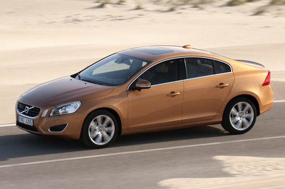 2011 Volvo S60 T6 - New Car Review featured image large thumb6