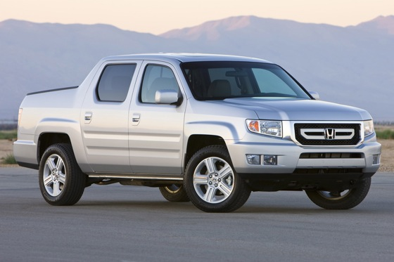Honda Says Ridgeline Here to Stay featured image large thumb0