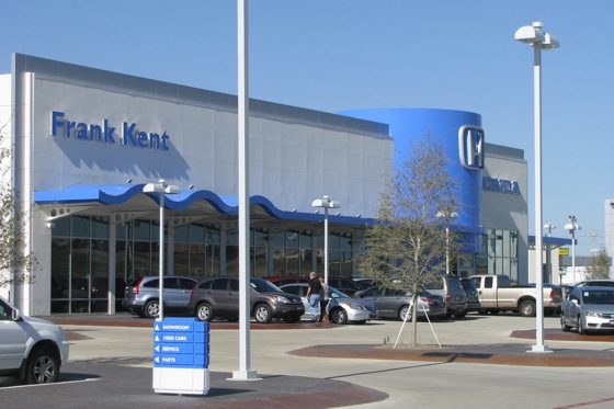 Fort Worth Honda Dealership has a Dog Park, Gym and a Recycled Car Wash featured image large thumb0