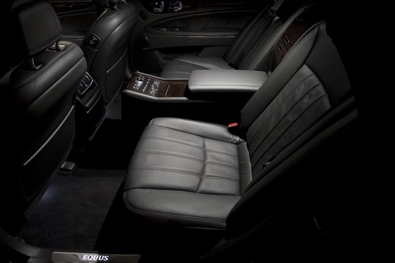 2011 Hyundai Equus - New Car Review featured image large thumb11