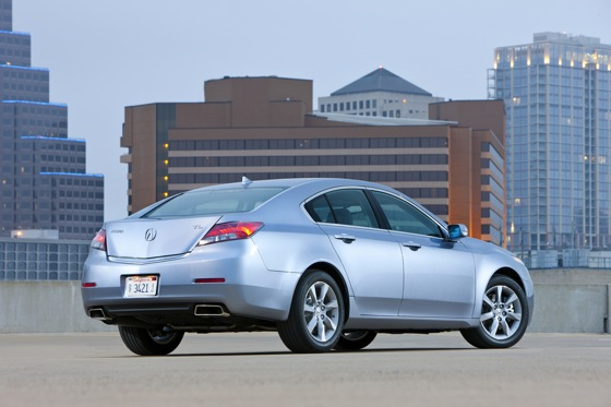 2012 Acura TL First Look: Refreshing Design Changes featured image large thumb1