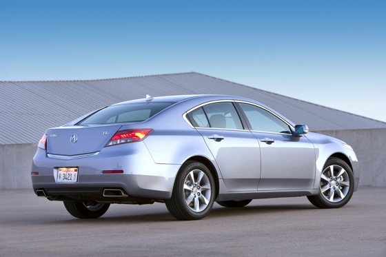 2012 Acura TL First Look: Refreshing Design Changes featured image large thumb3