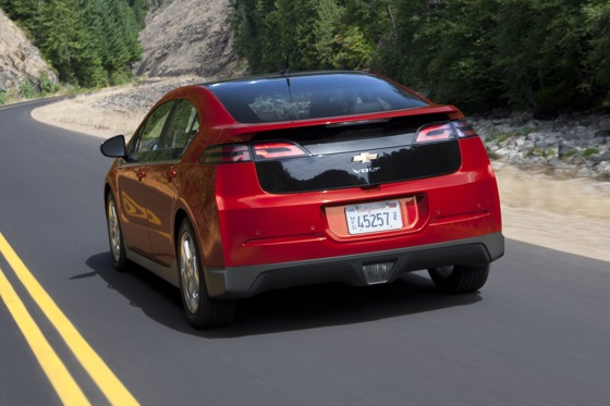 2011 Chevrolet Volt - New Car Review featured image large thumb9