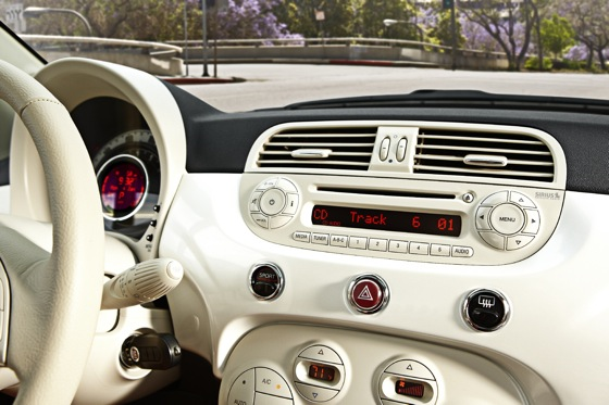 2012 Fiat 500 - New Car Review featured image large thumb15