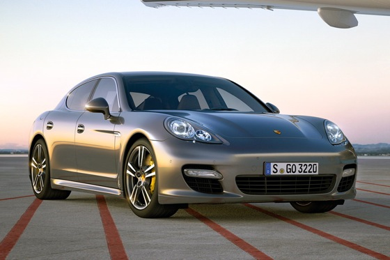 Porsche Pumps Up the Power in 2012 Panamera Turbo S featured image large thumb0