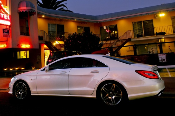 2012 Mercedes-Benz CLS63 AMG - New Car Review featured image large thumb6