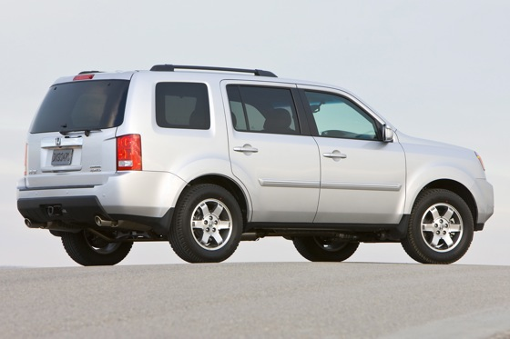 2011 Honda Pilot - New Car Review featured image large thumb3