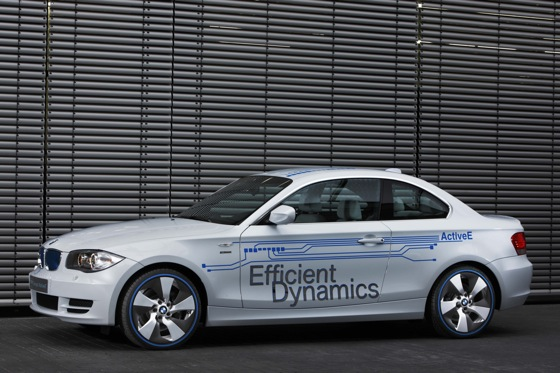 BMW Debuts Greener Models & Showrooms featured image large thumb0