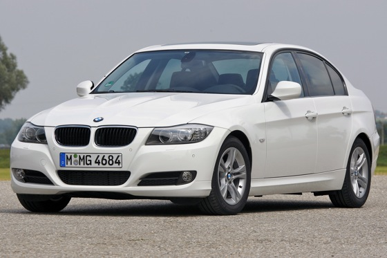 Five Reasons to Buy: 2011 BMW 3 Series featured image large thumb0