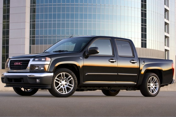 Chevrolet Colorado and GMC Canyon Pickups Recalled for Windshield Wipers featured image large thumb0