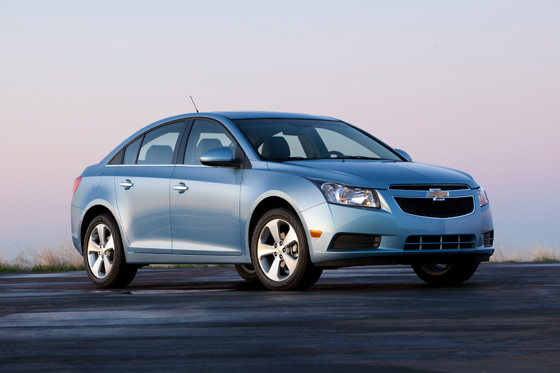2012 Chevrolet Cruze to get More MPG featured image large thumb0