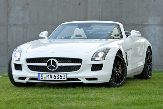 Mercedes Releases Details on SLS AMG Roadster featured image large thumb0