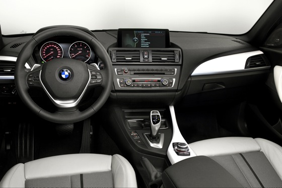 First Look at 2012 BMW 1 Series featured image large thumb1
