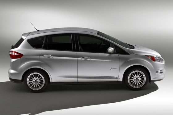 Ford C-Max will be Hybrid-Only for US featured image large thumb2