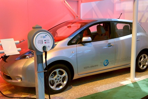 Nissan Leaf and EV Go Charging Stations - 2011 Consumer Electronics Show featured image large thumb0