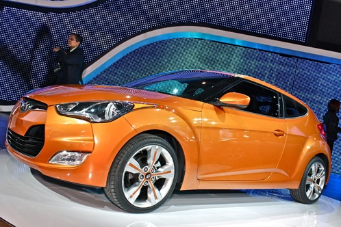 2012 Hyundai Veloster - 2011 Detroit Auto Show featured image large thumb1