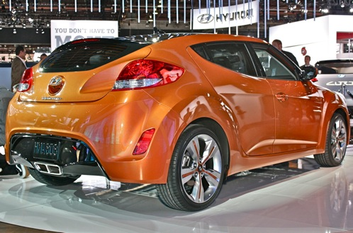 2012 Hyundai Veloster - 2011 Detroit Auto Show featured image large thumb2