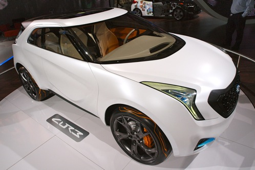 Hyundai Curb Concept - 2011 Detroit Auto Show featured image large thumb7