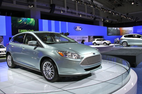 Ford Promises Wi-Fi Crash Avoidance by 2013 - 2011 DC Auto Show featured image large thumb0