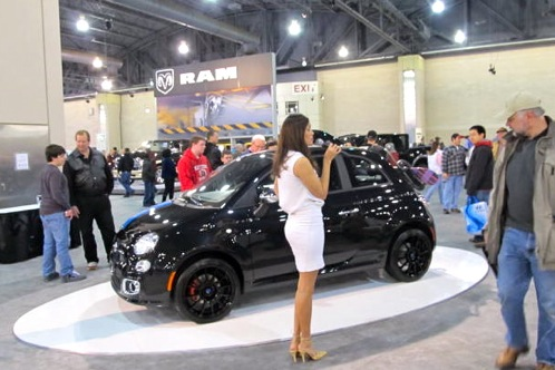 2011 Philadelphia Auto Show - Fiat 500 Attracts a Broad Age Group featured image large thumb0