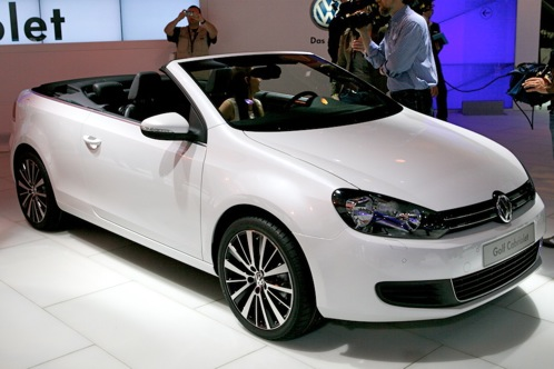 Volkswagen Golf Cabriolet and Bulli Concept - Geneva Auto Show featured image large thumb0