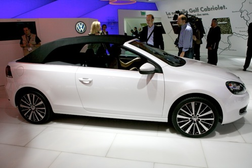 Volkswagen Golf Cabriolet and Bulli Concept - Geneva Auto Show featured image large thumb1