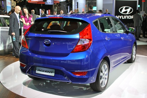 2012 Hyundai Accent - New York Auto Show featured image large thumb2