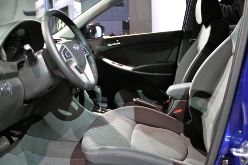 2012 Hyundai Accent - New York Auto Show featured image large thumb4