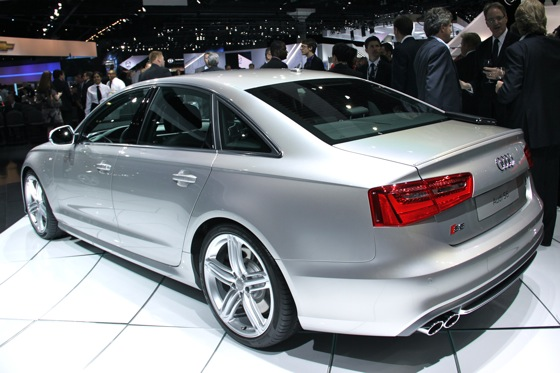 2013 Audi S6 - LA Auto Show featured image large thumb2
