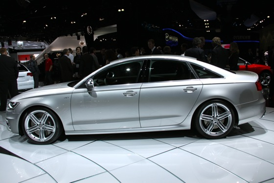 2013 Audi S6 - LA Auto Show featured image large thumb5
