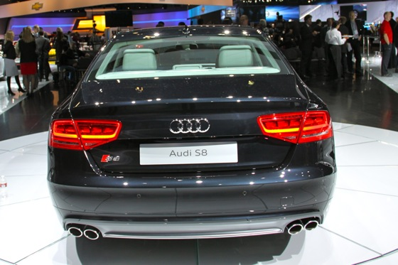 2013 Audi S8 - LA Auto Show featured image large thumb2