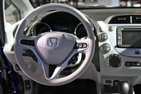 Honda's All-Electric Fit Unveiled, Available For Lease in 2012 - LA Auto Show featured image large thumb6
