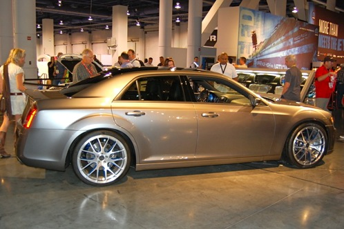 Chrysler 300 SF6 - SEMA Auto Show featured image large thumb1