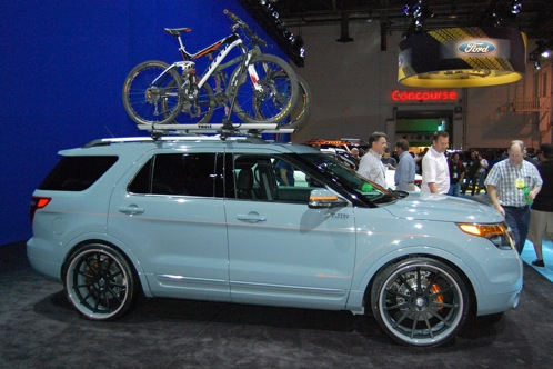 Ford Brings Modified Explorers to SEMA - SEMA Auto Show featured image large thumb1