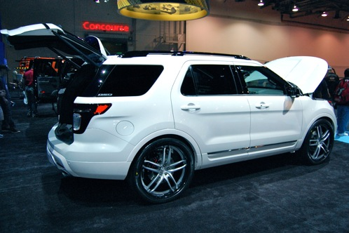 Ford Brings Modified Explorers to SEMA - SEMA Auto Show featured image large thumb6