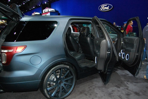 Ford Brings Modified Explorers to SEMA - SEMA Auto Show featured image large thumb11