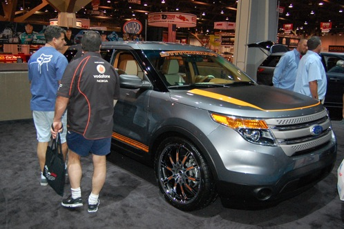 Ford Brings Modified Explorers to SEMA - SEMA Auto Show featured image large thumb25