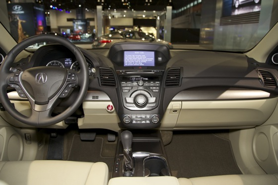 2013 Acura RDX: Chicago Auto Show featured image large thumb9