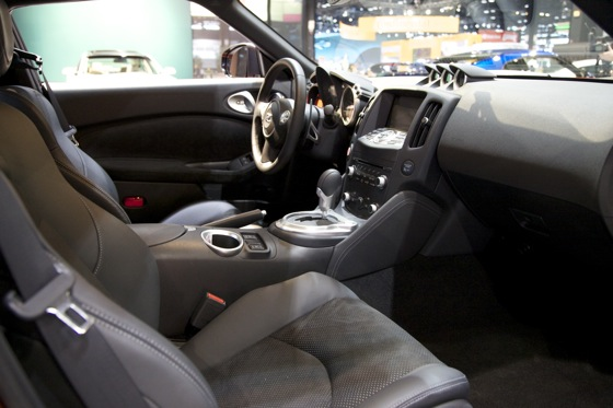 2013 Nissan 370Z: Chicago Auto Show featured image large thumb9