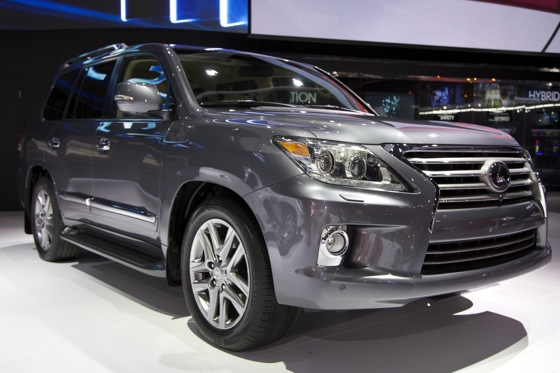 2012 Lexus LX 570: Detroit Auto Show featured image large thumb0