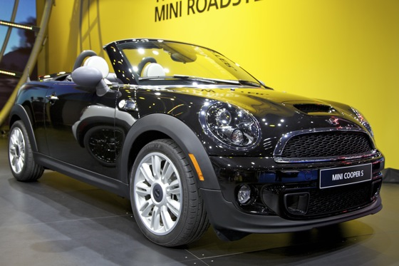 2012 Mini Roadster: Detroit Auto Show featured image large thumb1