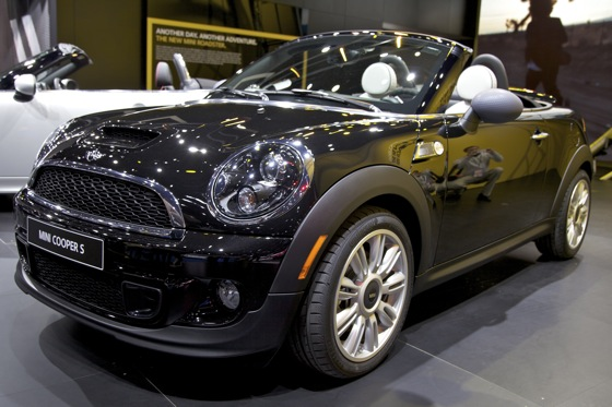 2012 Mini Roadster: Detroit Auto Show featured image large thumb2