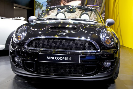 2012 Mini Roadster: Detroit Auto Show featured image large thumb3