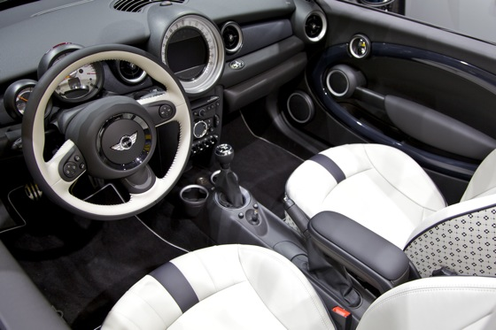 2012 Mini Roadster: Detroit Auto Show featured image large thumb6