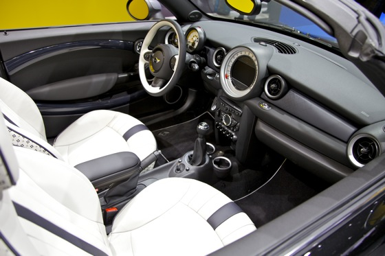 2012 Mini Roadster: Detroit Auto Show featured image large thumb7