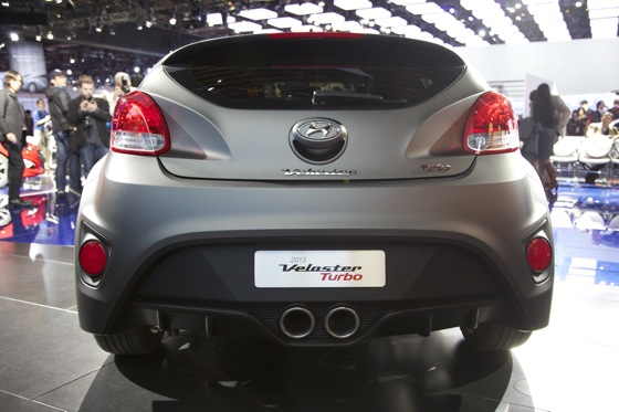 2013 Hyundai Veloster Turbo: Detroit Auto Show featured image large thumb4