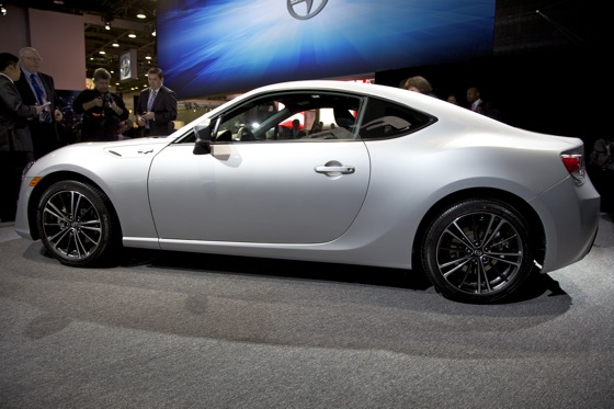 2013 Scion FR-S: Detroit Auto Show featured image large thumb4